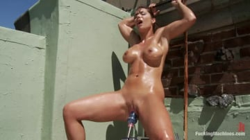Beverly Hills - Roof Top Machine Fucking of The California Dream Girl Makes Her Squirt