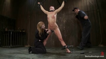 Isis Love - Ariel X takes on the double reverse zipper and FOUR Dommes