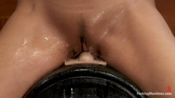 Isis Love - Isis Love bound to the Sybian, squirting puddles