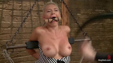 Katie Summers - DyNaMiTe - Katie Summers Brings It - LIVE