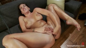 Kelly Divine - Divine Ass and Double Penetration