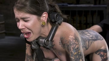 Krysta Kaos - Pain Slut Krysta Kaos Devastated in Metal Bondage