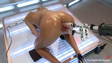 Leilani Leeane - There's a Girl on the End of That Robot Cock and She's Cumming