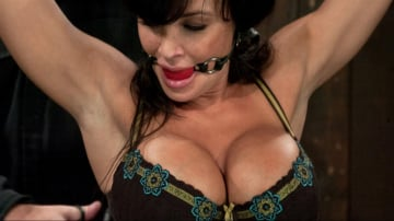 Lisa Ann - Lisa Ann She played Sarah Palin for porn, lets just see how rogue she really is.