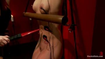 Maitresse Madeline - Bailey Blue: Destroyed by Electrosex