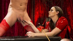 Marcelo - Chanel Preston Brutally Schools Internet Troll (Thumb 05)