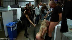 Missy Woods - Missy Woods Goes to the Laundromat (Thumb 10)