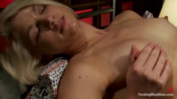Natasha Lyn - HER FIRST PORN Amateur Blond HOTNESS Makes Her First Porn on FuckingMachines.com