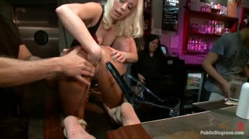 Nikki Darling - Nikki Darling DISGRACED ON STAGE: FISTED, FOOTED, AND FUCKED!!!!