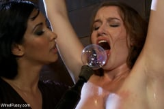 Sofia Lauryn - Amateur Hottie Tries Electricity With Isis Love (Thumb 11)