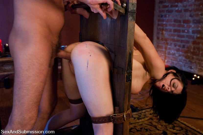 Ин плетью порно наказание #6