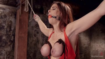 Syren de Mer - Big Tit MILF Syren de Mer Gets It Just the Way She Likes It