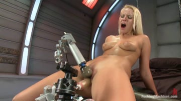 Vanessa Cage - How Long Can She Fuck For - Machine vs. Pussy