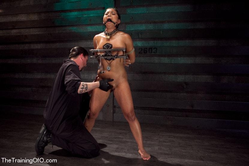 Kink 'Training Adrianna Luna-Day 4 Extreme Torment' starring Adrianna Luna (Photo 10)