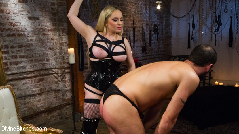 Kink 'Construction Workers Sexy Lunch Break Turns Into First Anal Fisting' starring Aiden Starr (Photo 4)