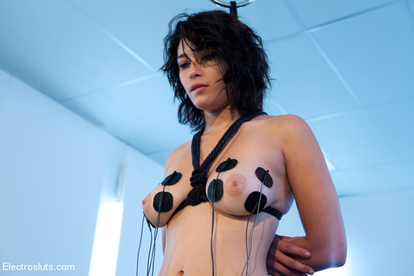Kink 'Electrosex Fucking' starring Aiden Starr (Photo 10)