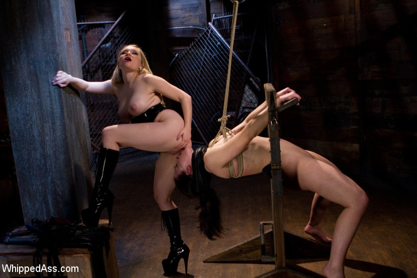 Kink 'First time fisting, check. First anal orgasm, check.' starring Aiden Starr (Photo 5)