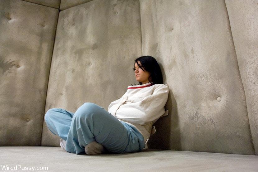 Kink 'Sunnydale Detention Facility' starring Amber Rayne (Photo 3)