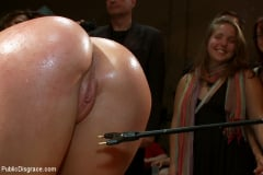 Amy Brooke - Ass Queen Amy Brooke Gets Fisted and DP'ed (Thumb 06)
