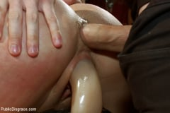 Amy Brooke - Ass Queen Amy Brooke Gets Fisted and DP'ed (Thumb 17)