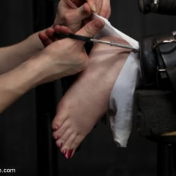 AnnaBelle Lee in 'Kink' Pig (Thumbnail 7)