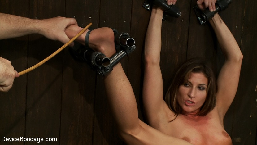 Kink 'Ass fucked by machine, Ass fucked by mallet' starring Ariel X (Photo 14)
