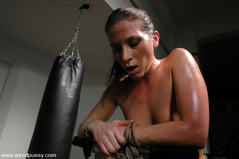 Kink 'Exercise Torture' starring Ariel X (Photo 4)