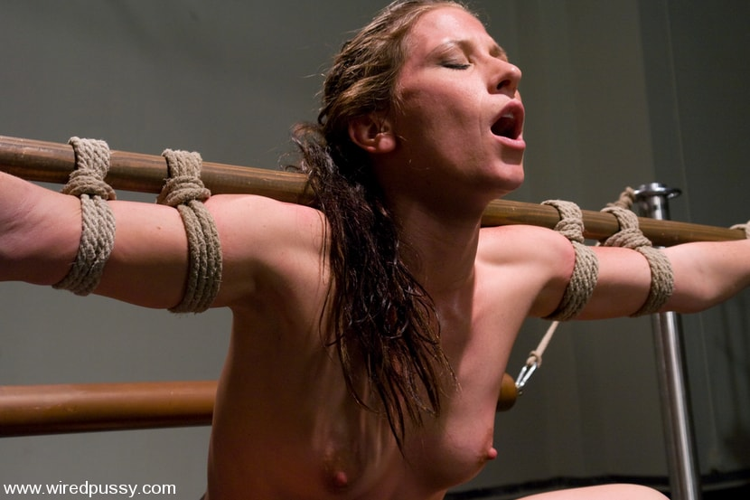 Kink 'Exercise Torture' starring Ariel X (Photo 11)
