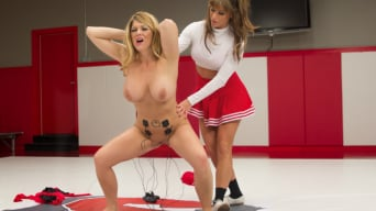 Ariel X in 'Head College Cheerleader Punishes Her Teammate!'