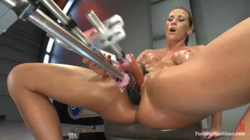 Ariel X - TRIPLE PENETRATION MUSCLE BABE: Ariel X Flexing Her Pussy Power