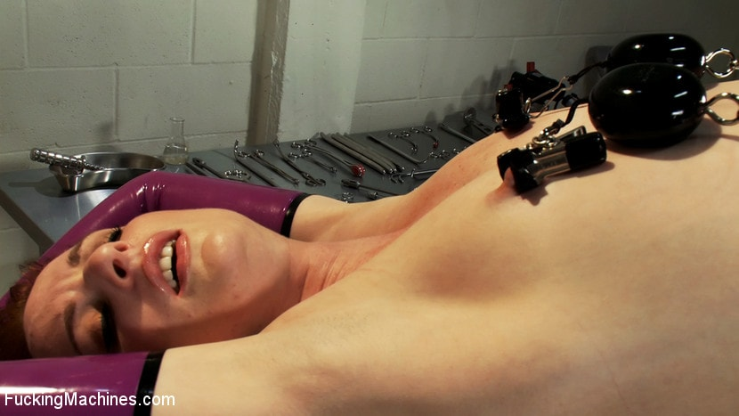 Kink 'Alien Laboratory and Sci-Fi Machine Fucking' starring Audrey Lords (Photo 13)
