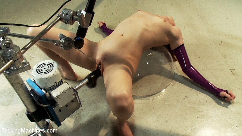 Kink 'Alien Laboratory and Sci-Fi Machine Fucking' starring Audrey Lords (Photo 16)