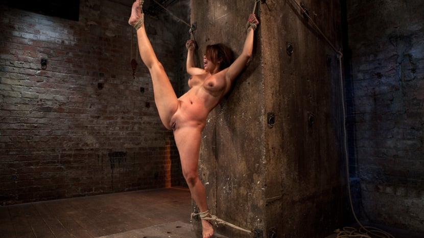 Suspended girl porn — photo 15