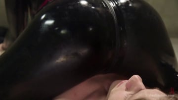 Bella Rossi - Bella Breaks in a New Toy at the Divine Bitches Milking Facility!