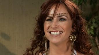 Bella Rossi に 'クリームパイとラフな異人種間強姦の巨乳な赤毛'