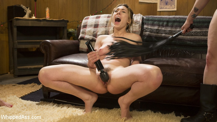 Kink 'Double Stuffed Slut: Horny Lesbians Tag Team Pizza Delivery Girl' starring Bella Rossi (Photo 6)