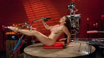Bella Rossi に 'メンバーは熱い思いをしました:ベッラ・ロッシはビッグ・ガンでファックしています。'