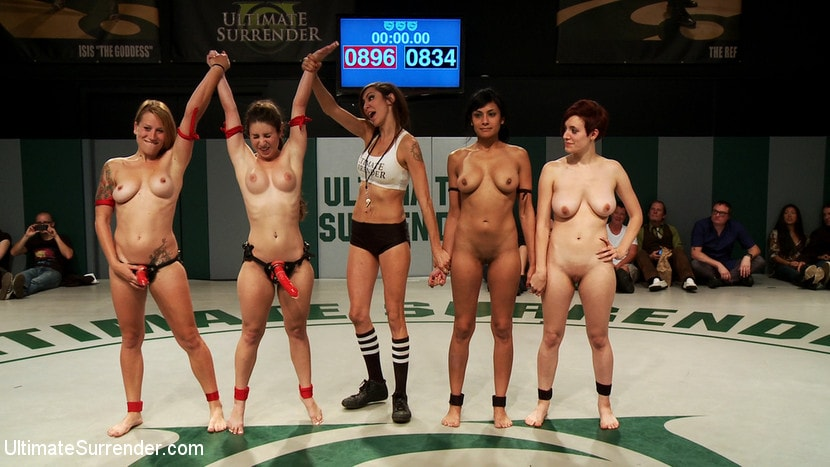 Kink 'Round 4 Team Black gets fucked and fisted' starring Bella Wilde (Photo 2)