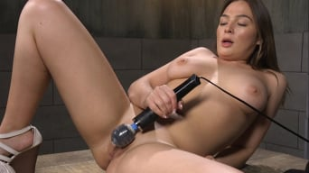 Blair Williams in 'All Natural Girl Next Door Gets Ass Fucked by the Machines'