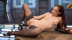 Bobbi Dylan - Brand New Girl Surrounded and Fucked by The Machines (Thumb 07)