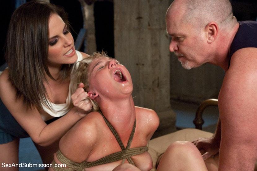 Kink 'A Day In Slavery' starring Bobbi Starr (Photo 14)