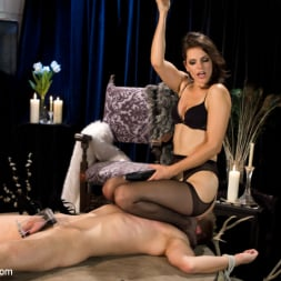 Bobbi Starr in 'Kink' Danny Wylde gets his prostate milked by Bobbi Starr! (Thumbnail 3)