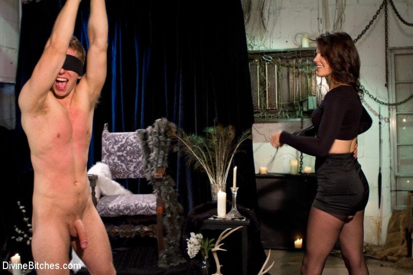 Kink 'Danny Wylde gets his prostate milked by Bobbi Starr!' starring Bobbi Starr (Photo 14)