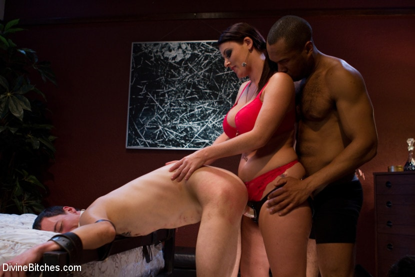 Kink 'Eat your way through his cum to your chastity key, cuck!' starring Jessie Sparkles (Photo 2)
