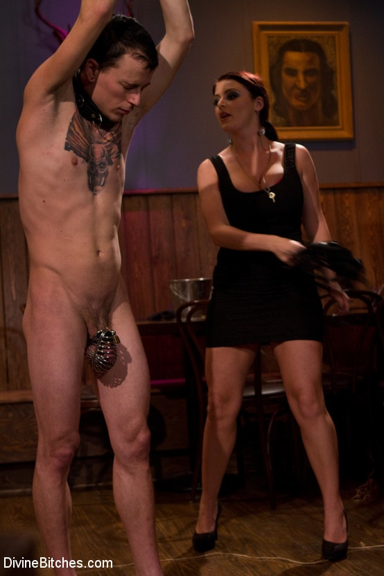 Kink 'Eat your way through his cum to your chastity key, cuck!' starring Jessie Sparkles (Photo 12)