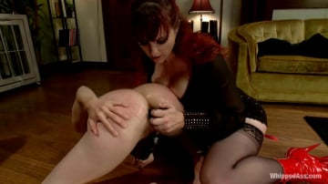 Bonnie Day - A Gift Of Submission