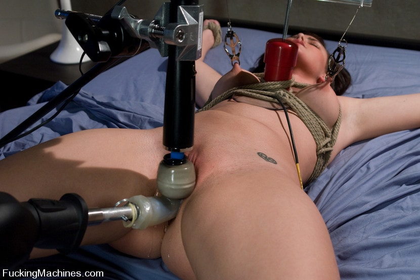 Kink 'Brooke Adams - bound and machined' starring Brooke Lee Adams (Photo 14)