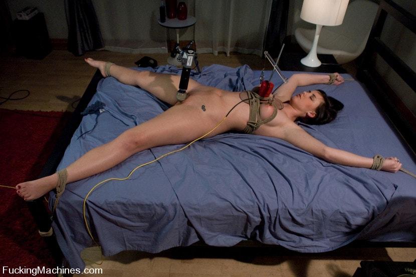 Kink 'Brooke Adams - bound and machined' starring Brooke Lee Adams (Photo 20)