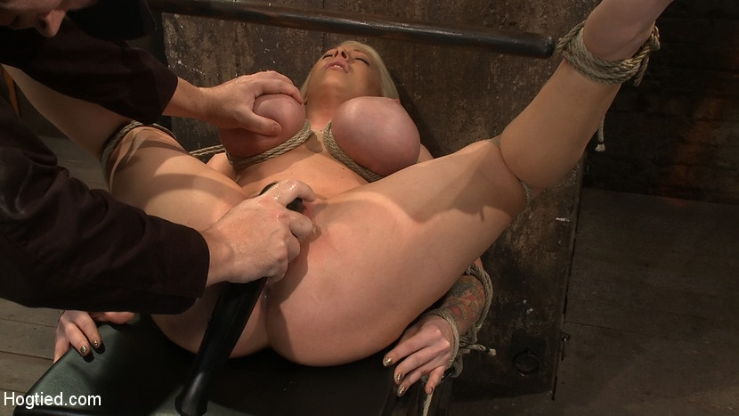 Kink 'California blond with huge tits has them bound to her knees and spread Made to squirt and scream!' starring Candy Manson (Photo 3)