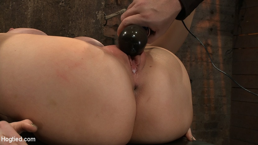 Kink 'California blond with huge tits has them bound to her knees and spread Made to squirt and scream!' starring Candy Manson (Photo 12)
